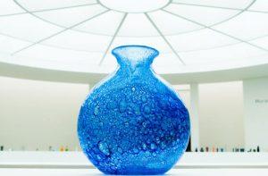 vase glass blowing techniques